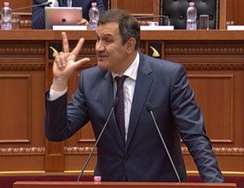 """Zbulohen zullumet e ish ministrit Ilir Beqaj/ """"Pegasus"""" dhe """"Evita"""", 2.5 mln euro pa garë për testet anti-covid"""