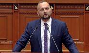 """""""E paguajmë sa qimet e kokës"""", deputeti i opozitës akuza Avokatit të Popullit: """"Emrin keni, se vetëm për popullin që nuk keni punuar"""""""