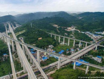 Rruga e re kineze e Mëndafshit pëson të çara
